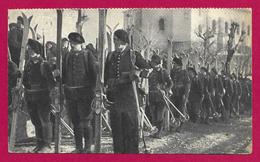 CPA Militaria - Chasseurs Alpins - Éclaireurs Skieurs - Regiments