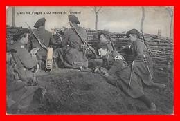 CPA MILITARIA. .Guerre 1914-18.  Dans Les Vosges à 50 Mètres De L'ennemi, Animé, Infirmier...CO1904 - Uniforms