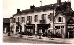 """Villeneuve Sur Allier."""" Hôtel De Paris"""" Restaurant. Publicité Pour Royat. - Frankreich"""