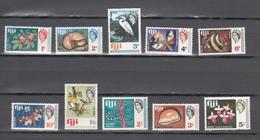 Fiji 1968,10v,birds,butterflies,shells,flowers,snake,fish,animals,MH/Ongebruiikt(A3700) - Parrots