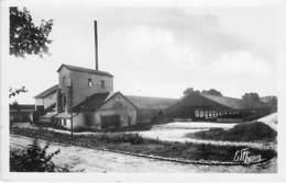 77 - VILLUIS : La Raperie ( Usine Industrie Entreprise ) CPSM Photo Noir Blanc Format CPA - Seine Et Marne - France