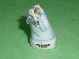 Fèves / Disney : Dame Gertrude     T134 - Disney