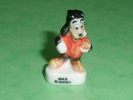 Fèves / Disney : Max    T134 - Disney