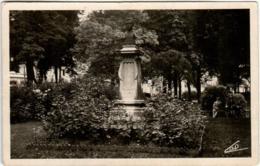 3YST 618 CHARLEVILLE - MONUMENT A. RIMBAUD - Charleville