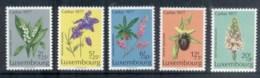 Luxembourg 1977 Welfare, Flower MUH - Luxembourg