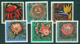 Poland 1968 Exotic Flowers MUH Lot35516 - 1944-.... Republic