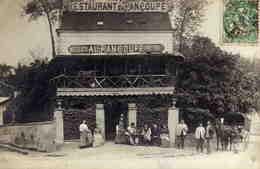 CARTE PHOTO -   RESTAURANT Du PAN COUPE - (probablement  ST-MAUR) - France