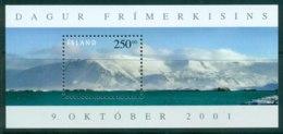 Iceland 2001 Stamp Day Esja Mountain MS MUH Lot32493 - 1944-... Republic