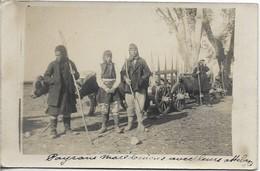 GRÈCE SALONIQUE , CARTE PHOTO : Paysans Macédoniens Avec Leurs Attelages - Grèce