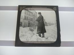 CANADA IMAGE IS OK BUT BROKEN CORNER   Plaque De Verre GLASS SLIDE CIRCA EARLY 1900 - Diapositivas De Vidrio