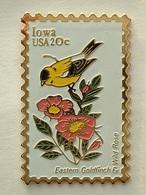 PIN'S TIMBRE - OISEAU - IOWA  USA 20c - Animaux
