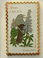 PIN'S TIMBRE - OISEAU - TEXAS USA 20c - Animaux