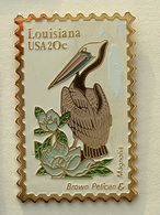PIN'S TIMBRE - OISEAU - LOUISIANA USA 20c - Animaux