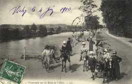 VICHY La Promenade Sur Les Bords De L'Allier Anes Montés    RV - Vichy