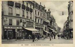VICHY  La Rue Georges Clemenceau Commerces  RV - Vichy