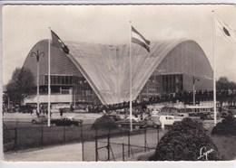 92 PUTEAUX Rond Point De La Défense ,Palais Du C N I T , Voitures Année 50 Renault 4 CV ,Citroen 2CV - Puteaux
