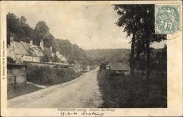 Cp Premontre Aisne, Chemin Des Etangs, Straßenpartie, Häuser, Wald - France