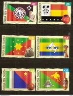 Papouasie Papua New Guinea 2004 Yvert 1032-1037 *** MNH Cote 21,00 Euro Drapeaux Vlaggen Flags - Papouasie-Nouvelle-Guinée