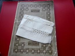 JOURS SUR TOILE D.M.C-Ouvrage Motifs Maille Croisée-Loisirs Créatifs Vintage Décor-Onde-torsades-tresse-Scrapbooking - Scrapbooking