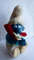 FIGURINE PINCE CRAVATTE SCHTROUMPF QUI PLEURE 1983 - Smurfs
