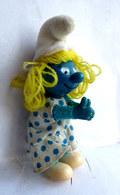 FIGURINE PINCE CRAVATTE SCHTROUMPFETTE 1983 - Smurfs