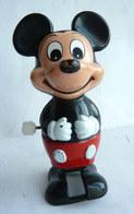 FIGURINE TOMY MICKEY MARCHEUR WALT DISNEY (2) - Disney