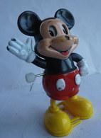 FIGURINE TOMY MARCHEUR MICKEY II WALT DISNEY - Disney