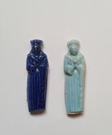 Fève-fèves Anciennes  Personnages Bleu Foncé Et Bleu Turquoise - Olds