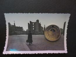 Le Havre - Photo Originale - Rue Thiers Et Jacques Louer ( à Droite ) - Bombardement 5 Septembre 1944 - BE - - Places