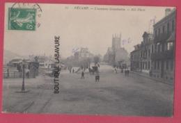 76 - FECAMP---L'Avenue Gambetta----animé - Fécamp