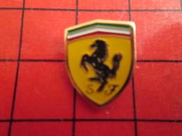 512F Pins Pin's / Rare & De Belle Qualité  THEME : AUTOMOBILES / LOGO DE LA MARQUE FERRARI CHEVAL CABRE - Ferrari