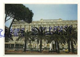 France. Alpes Maritimes. Cannes. La Côte D'Azur.L'Hôtel Carlton Et La Croisette. Photo: Explorer-Boutin - Hotels & Restaurants