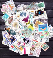 Lot 300 Timbres - Timbres