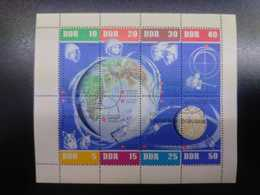 W) 1970 GERMANY, SPACE, ASTRONAUTS, PLANETS, SATELLITES MNH - [6] Democratic Republic