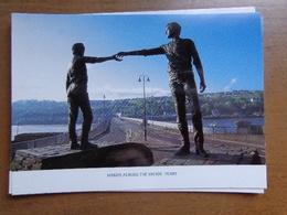 IERLAND / Derry, Hands Across The Divide --> Unwritten - Irlande
