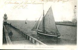 N°69874 -cpa Le Havre -bateau Pilote Dans Les Jetées- - Bateaux