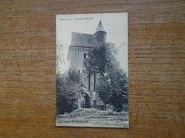 """Paudy , Le Donjon ( XIIe Siècle ) """" Carte Animée Couple Devant Le Passage """" - France"""