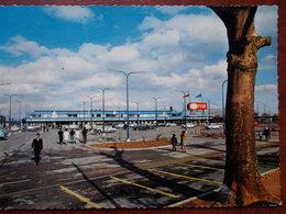 93 - MONTFERMEIL - Le Supermarché SUMA (parking - Voitures). CPSM - Montfermeil