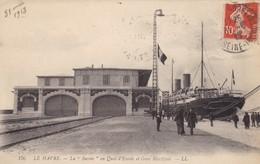 """76. LE HAVRE . CPA. LA """"SAVOIE"""" AU QUAI D'ESCALE  ET GARE MARITIME. ANIMATION.  ANNÉE 1913 + TEXTE - Port"""