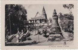 1406 CAMBODGE - LE PHNOM - ESCALIER ET JARDIN - Cambodia