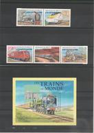 DJIBOUTI Année 2000 Locomotives  N° Y/T :793/797 Et Bloc N° 17** - Djibouti (1977-...)