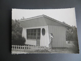 CPSM MONTALIVET LES BAINS VENDAYS - Bungalow Au Centre Héloi Marin Pin Up Vintage 10/15 Lesparre - France