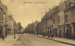 MONTLUCON  Rue De La Republique Commerces RV Timbre 40c - Montlucon