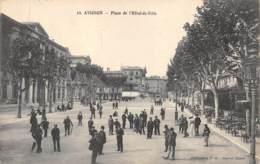 VAUCLUSE  84  AVIGNON  PLACE DE L'HOTEL DE VILLE - Avignon