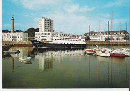 LORIENT. CP L'arrivée Au Port Du Kreiz Er Mor - Lorient