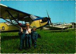 BELLE FANTAISIE AVION DE TOURISME ET SES PETITS AVIATEURS A VOIR !!!! REF 58972A - Avions