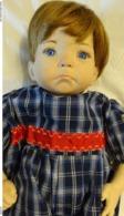 Poupée De Collection En Porcelaine Faite Main - Dolls