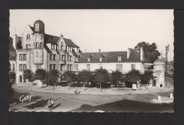 CPSM Pf. Dépt.27. VERNON . Hôtel De Strasbourg . Place D' ÉVREUX . - Vernon