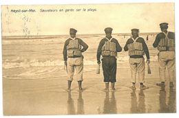 Heist : Sauveteurs En Garde Sur La Plage (rescuers/redders) - Heist