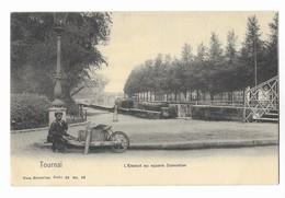 Tournai  ( M 4918 )  Gamin Avec Brouette & Vue Sur Le Pont Au Trou & Bateaux & L'Escaut Top - Doornik